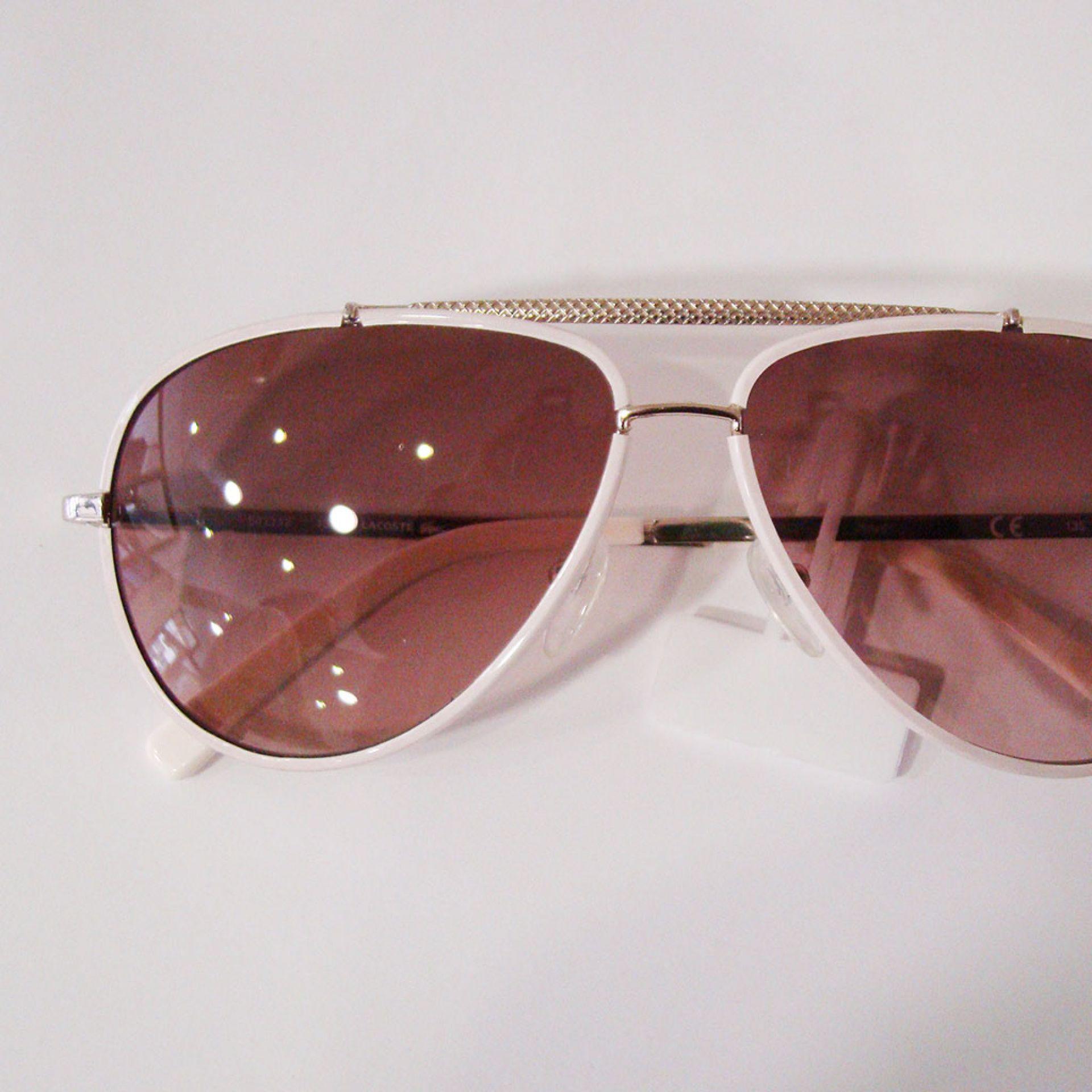 Óculo Lacoste
